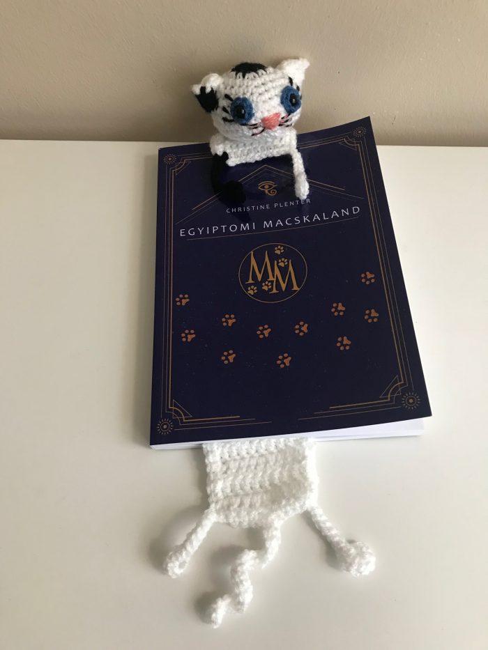 Morgiana horgolt könyvjelző